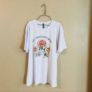 NWT Floral Graphic Tee